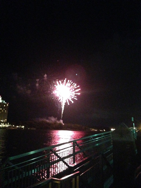 06_05_fireworks02