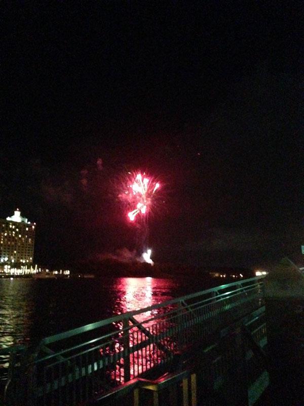 06_05_fireworks03