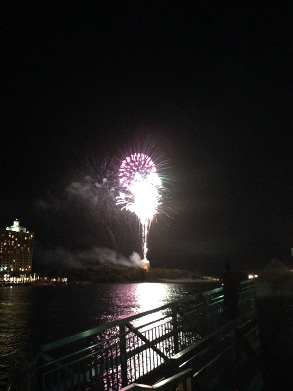06_05_fireworks04