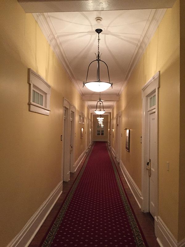 150903_09_hotelhall